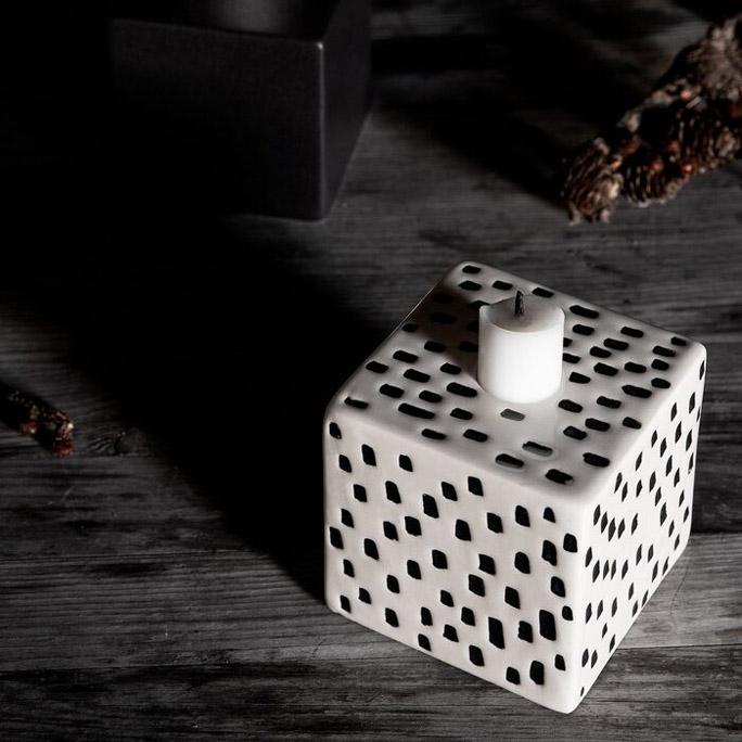 Cube_dot
